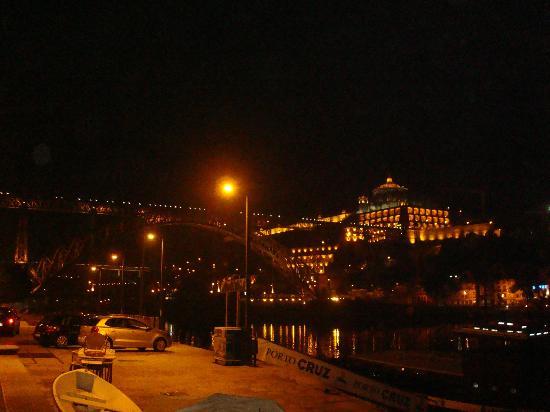 Eurostars Das Artes Hotel: Fiume fronte distillerie