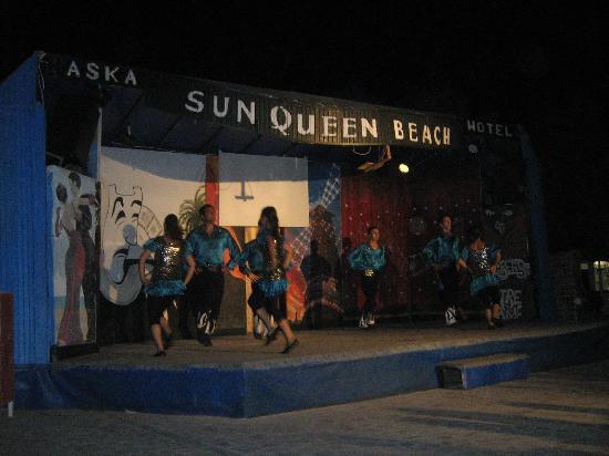 Sun Queen Beach Hotel: Взрослая анимация
