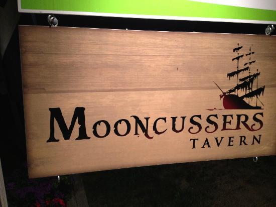 Mooncussers Tavern Inn & Restaurant : Seek... and thou shalt enjoy...!