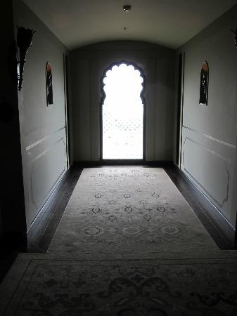 Fairmont Jaipur: View of the hallway