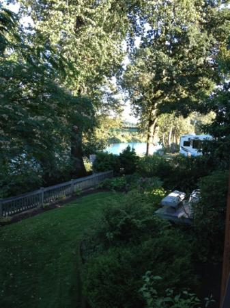 Lewis River Inn: view from our balcony