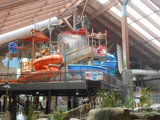 Six Flags Great Escape Lodge & Indoor Waterpark: water park
