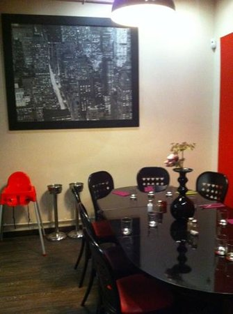 salle du pour une soir e entre amis picture of bistrot m paris tripadvisor. Black Bedroom Furniture Sets. Home Design Ideas