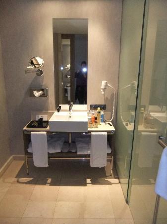Foto de hotel zen balagares, avilés: cuarto de baño   tripadvisor