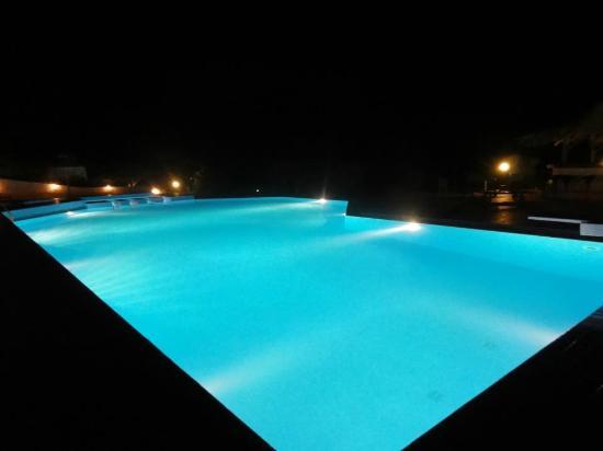 Hotel Stella Beach: πισινα