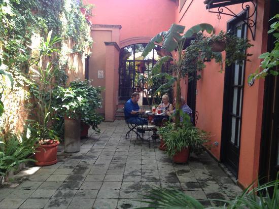 Belmond Casa de Sierra Nevada: Our personal courtyard!