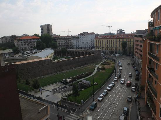Hotel Arco Romana: vista dal balconcino