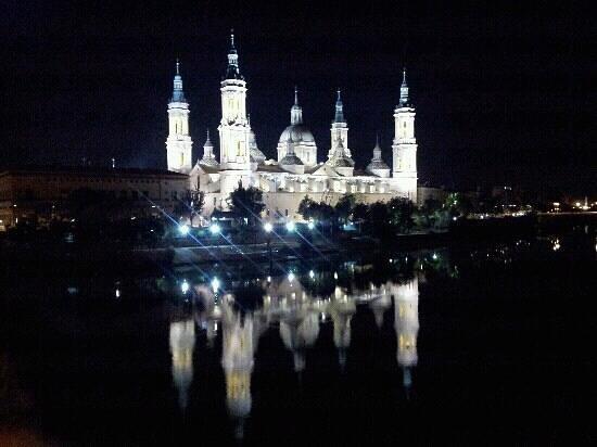 Basilica de Nuestra Senora del Pilar: Zaragoza,Basilica de Pilar