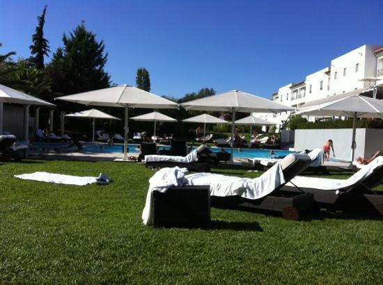 Evora Hotel: la piscina