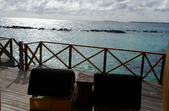 Vivanta by Taj Coral Reef Maldives: water villa