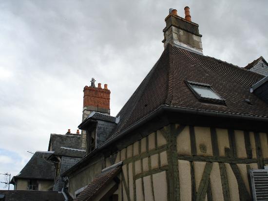 coût modéré top design sur des pieds à Au coeur du Vieux Bourges - Photo de Les Bonnets Rouges ...