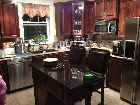 Spanish Room Manor: What a kitchen!
