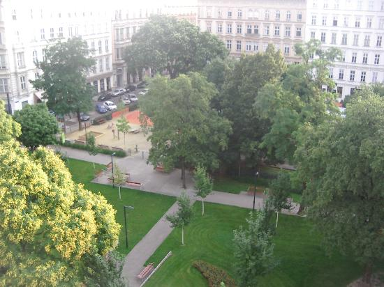 K+K Palais Hotel: View of Rudolfspark From 4th Floor Room