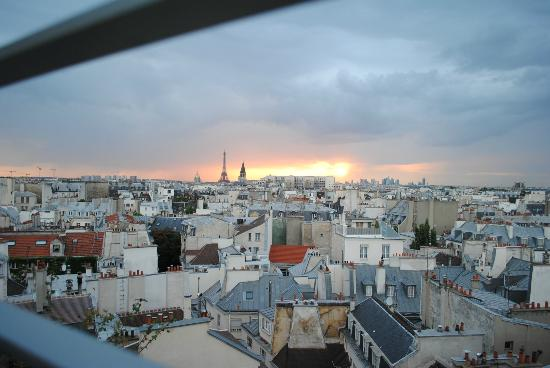 Holiday Inn Paris - Notre Dame: View from the roof terrace