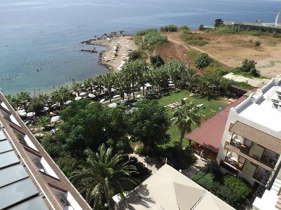 Kosdere Club Hotel: hotel beach