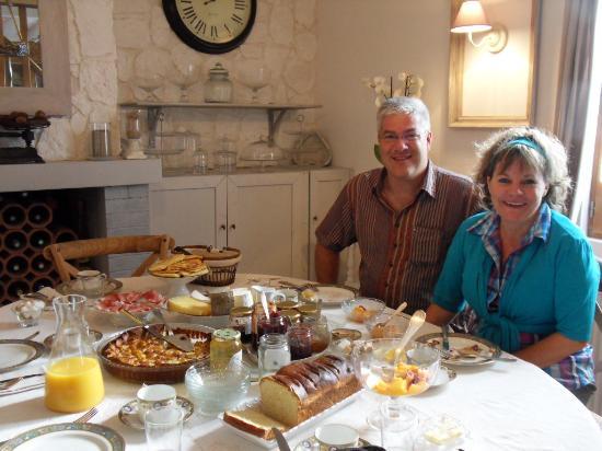 Les Chambres du Confiturier de Malethi : Nous, au petit-déjeuner