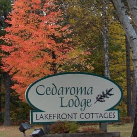 Cedaroma Lodge: Stunning Fall Colors