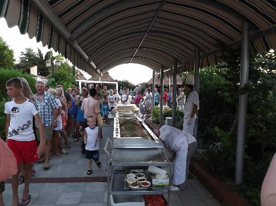 Kosdere Club Hotel: queues