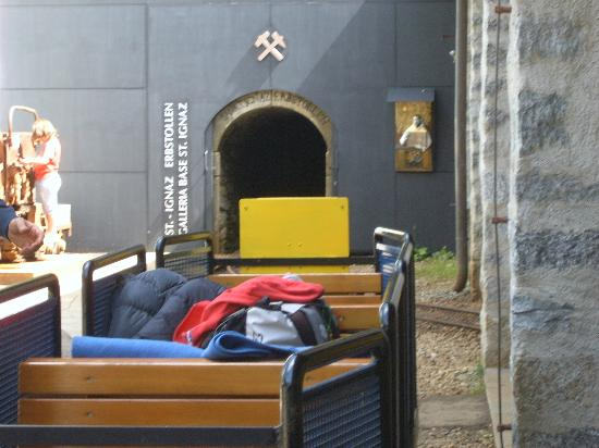 Rodelbahn: entrata della miniera