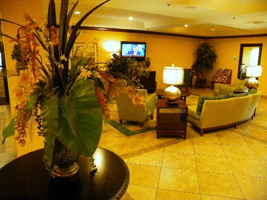 Holiday Inn Express Hotel & Suites Gulf Shores: Nice lobby