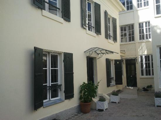 Suites & Hotel Helzear Montparnasse: In the courtyard
