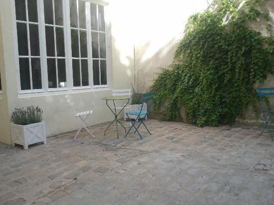 Helzear Montparnasse Rive Gauche: The courtyard