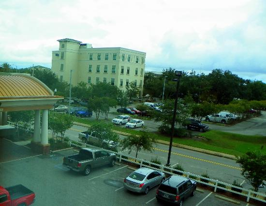 Holiday Inn Express Hotel & Suites Gulf Shores: View from room