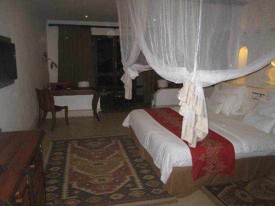 Swahili Beach Resort: Room