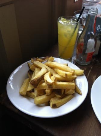 The Roebuck, Chiswick : patatine