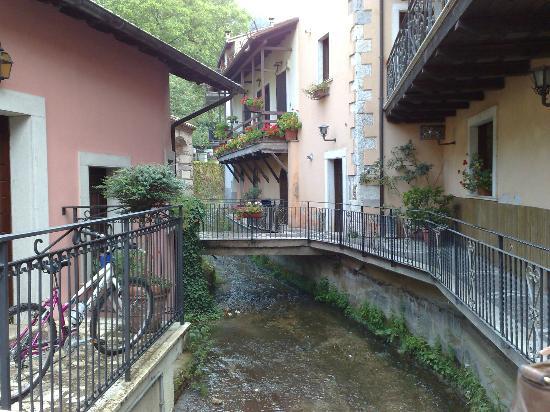 Avezzano, Italy: tra i vicoli il ruscello
