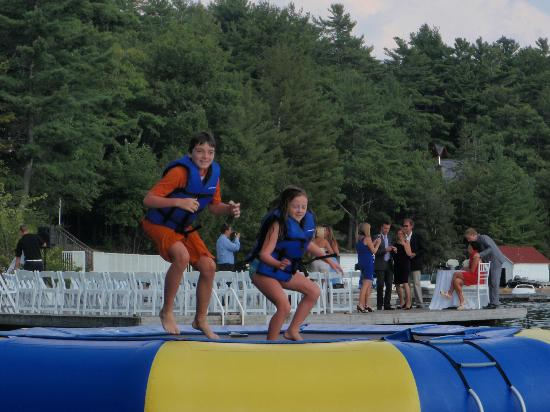 Rocky Crest Golf Resort: water trampoline