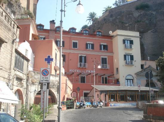 """Hotel il Faro: Hotel e ristorante """" la Vela Bianca"""