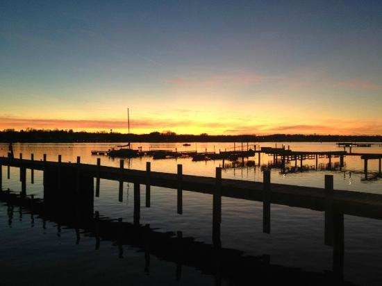 The Lodge at Leathem Smith: Breathtaking Sunset Views