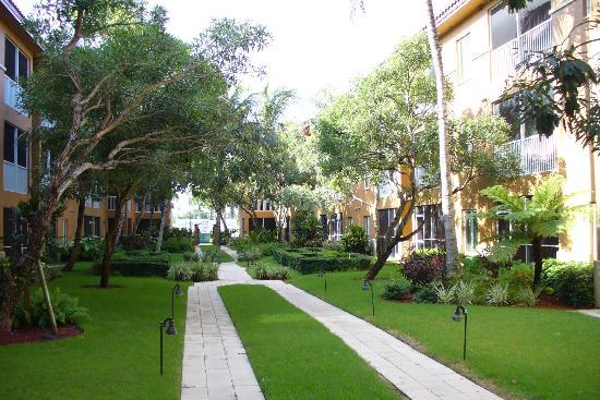 Bellasera Hotel: Garden