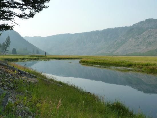 Bar-N-Ranch: View of the Madison River, a short walk from the cabins