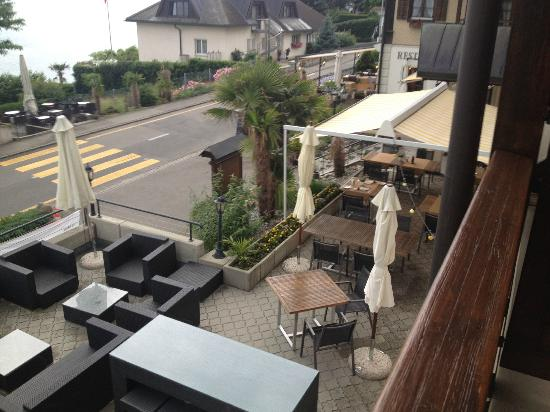Hotel Gerbi: Another view from my balcony to the restaurant/bar patio