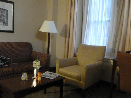 Residence Inn Memphis Downtown: Sitting area
