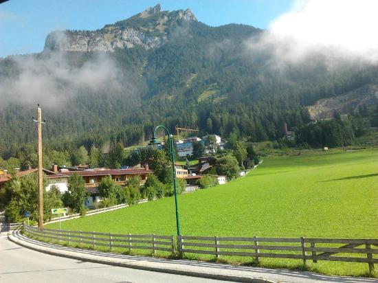 Mauracherhof: view from the entrance