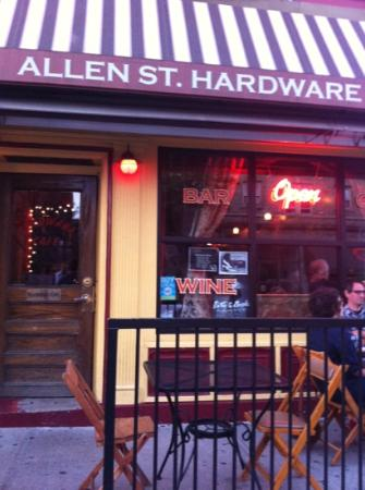 Photo of American Restaurant Allen St Hardware Store Cafe at 245 Allen St, Buffalo, NY 14201, United States