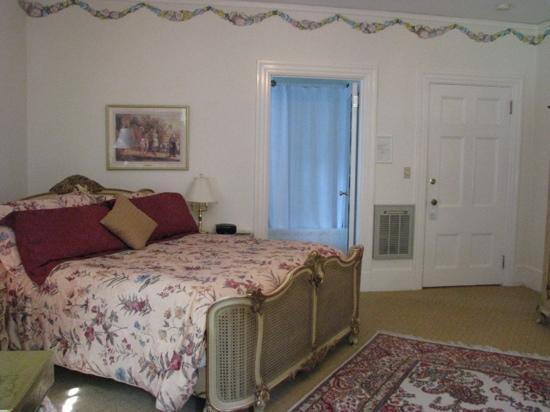 Clark House on Hayden Lake: Winifred Clark Suite