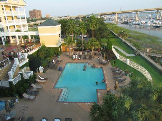 pier to dock picture of courtyard charleston waterfront