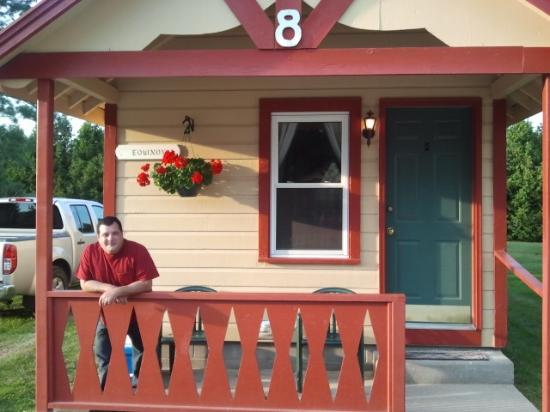 ‪‪Casablanca Motel‬: My Husband on the porch.