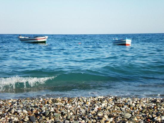 Villa La Ginestra dell'Etna Bed and Breakfast: Il mare