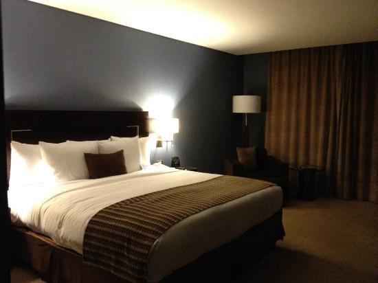 Hilton Mexico City Reforma: Big comfy bed