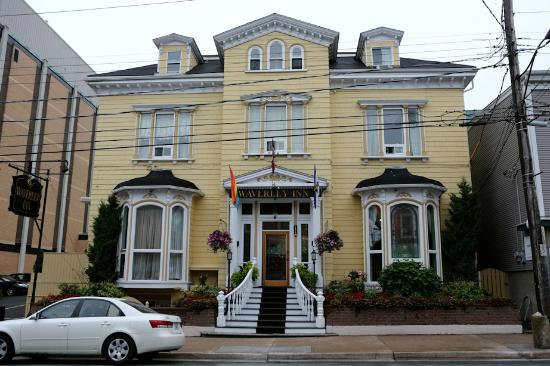 Waverley Inn, Halifax, Nova Scotia