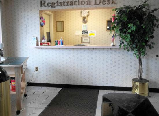 REGISTRATION DESK Picture of Royal Motel Hermitage, Hermitage