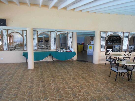Barbados Beach Club: Dining room