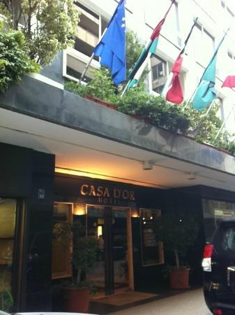 Casa D'or Hotel: entrance