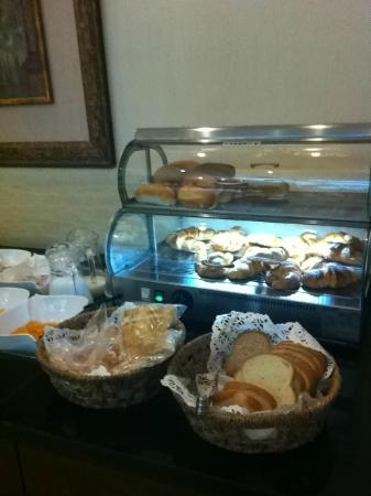 Casa D'or Hotel : breakfast