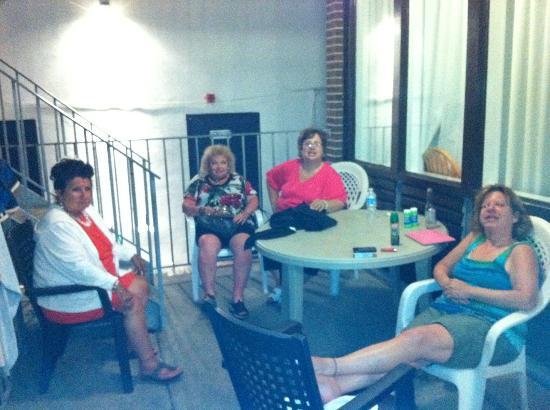 Brittany Motel: Family 1